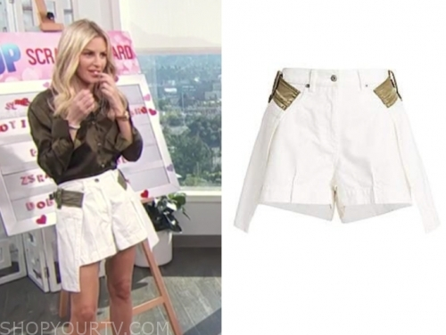 E! news, morgan stewart, white skirt shorts, daily pop