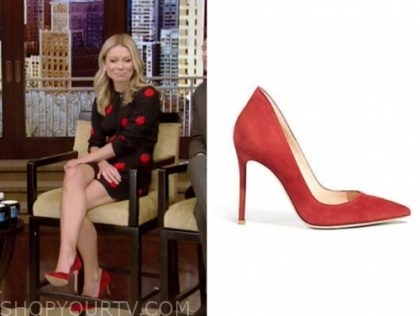 kelly ripa, live with kelly and ryan, red suede pumps