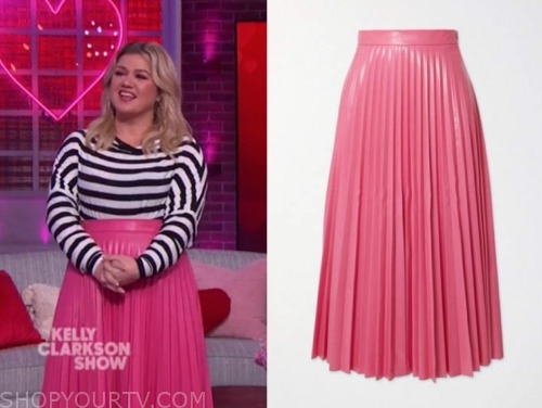 kelly clarkson show, the kelly clarkson show, pink leather pleated skirt