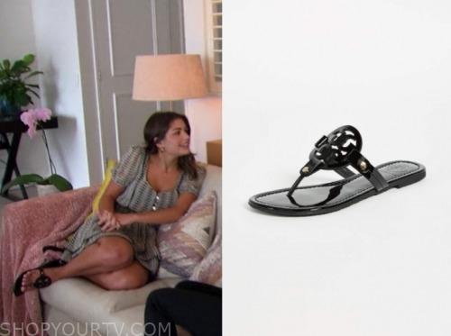 the bachelor, hannah ann sluss, black medallion sandals