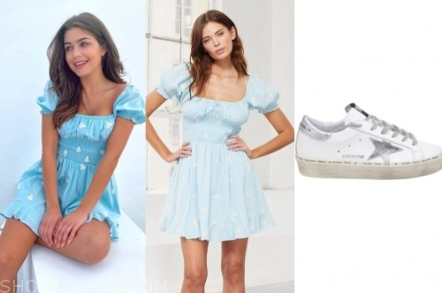 hannah ann sluss, the bachelor, blue floral dress, star sneakers