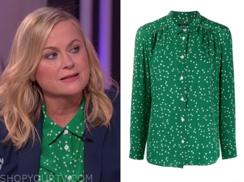 amy poheler, green heart shirt, the kelly clarkson show