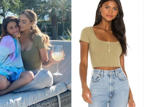 amanda stanton, the bachelor, olive green crop top