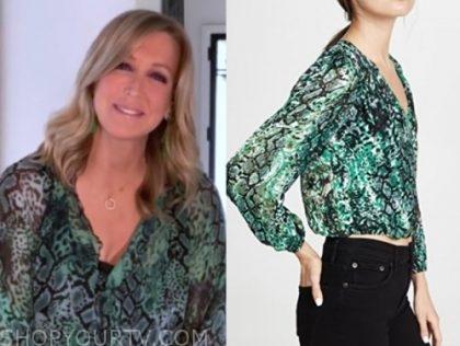 good morning america, green snakeskin blouse, lara spencer
