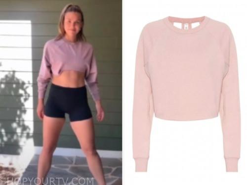 hannah brown, pink sweatshirt, the bachelorette