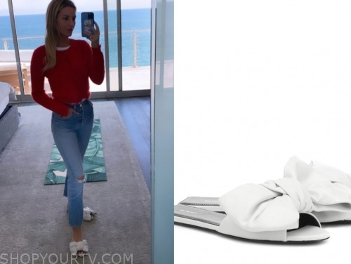 morgan stewart, E! news, white bow slide sandals
