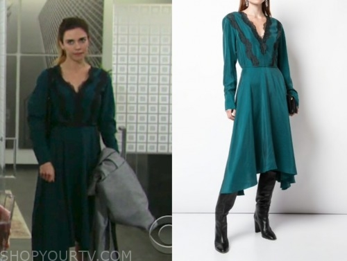 victoria newman, amelia heinle, teal lace dress, the young and the restless