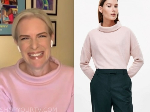 janice dean, fox and friends, pink roll neck sweater