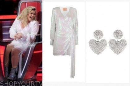 the voice, kelly clarkson, sequin drape dress, heart earrings