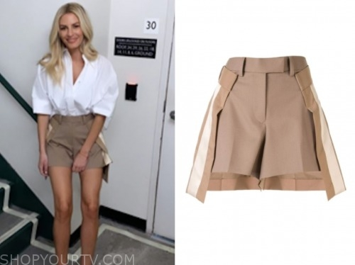 morgan stewart, E! news, khaki skirt shorts
