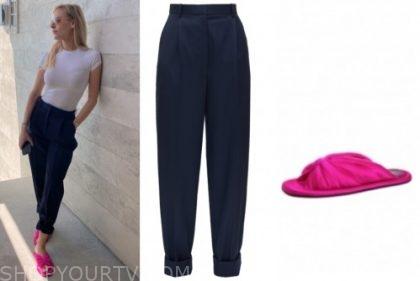 morgan stewart, E! news, navy pants, hot pink slides