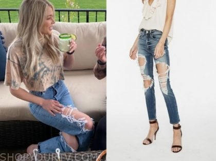 the bachelor, kelsey weir, ripped jeans