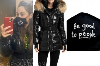 the bachelor, kelley, black puffer coat, black face mask