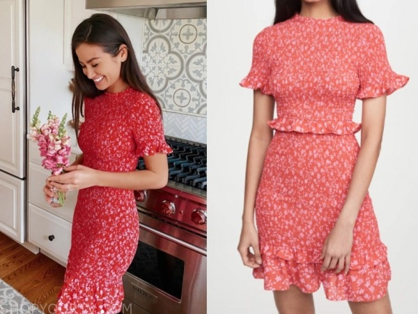 caila quinn, red printed dress, the bachelor