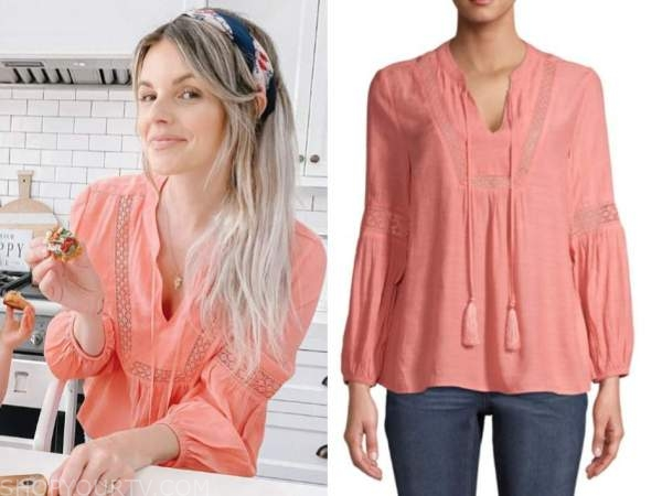 ali fedotowsky, coral peasant blouse, the bachelorette