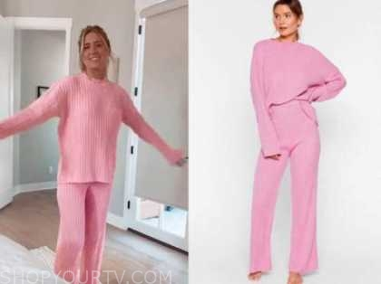lauren burnham, the bachelor, pink knit top and pants