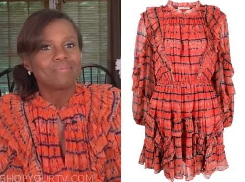 deborah roberts, good morning america, orange printed dress