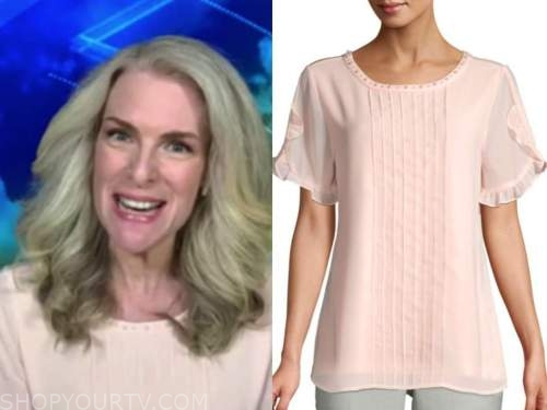janice dean, fox and friends, blush pink pleated top