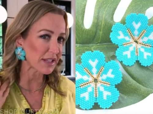 lara spencer, good morning america, turquoise blue flower earrings