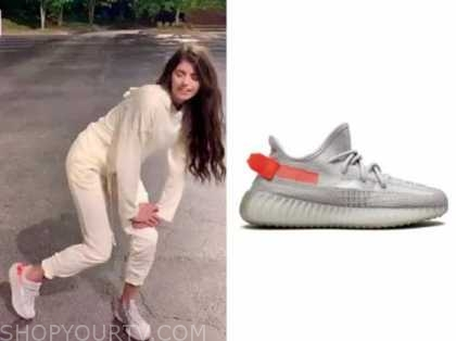 madison prewett, the bachelor, grey and red sneakers