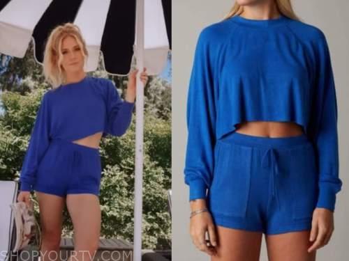 lauren burnham, the bachelor, blue sweater and shorts