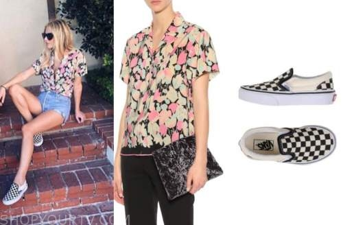 morgan stewart, printed shirt, check sneakers, E! news