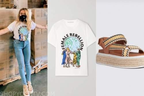 hilary duff, graphic tee, platform sandals