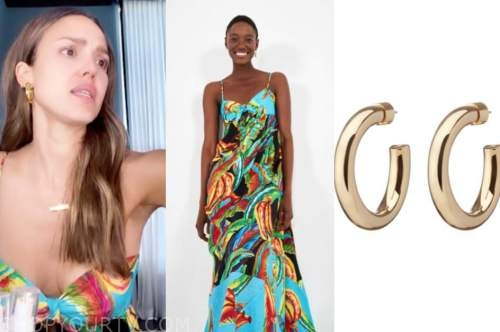 jessica alba, maxi dress, gold hoop earrings