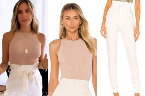 kristin cavallari, beige bodysuit top, white pants