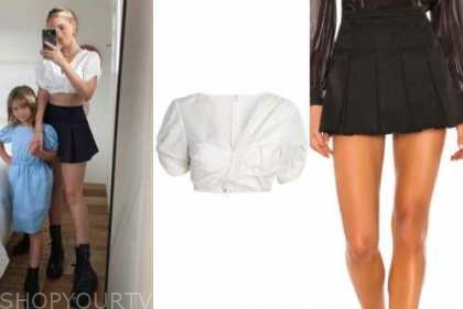 the bachelor, amanda stanton, white crop top, black skirt, black boots