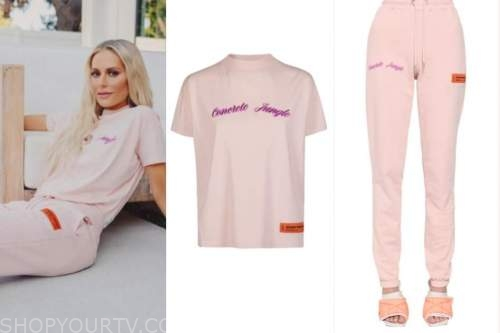 dorit kemsley, pink tee and sweatpants