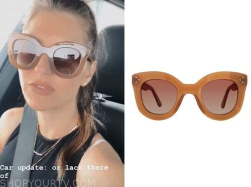 ashlee frazier, the bachelor, tan sunglasses