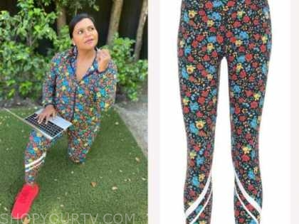 mindy kaling, floral leggings,