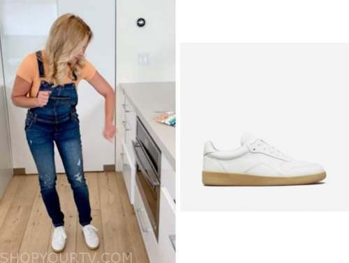 candace cameron bure, white sneakers