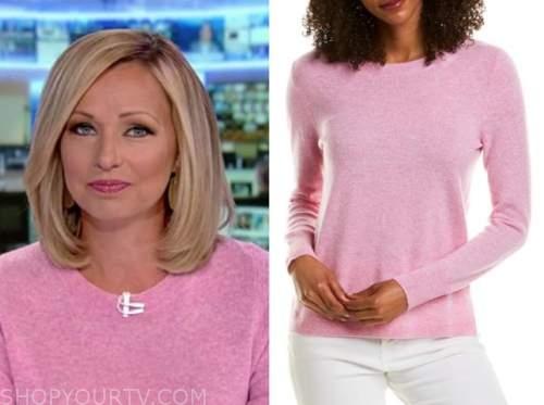 sandra smith, america's newsroom, pink sweater