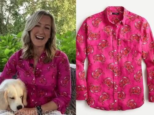 lara spencer, pink and red crab print shirt, good morning america