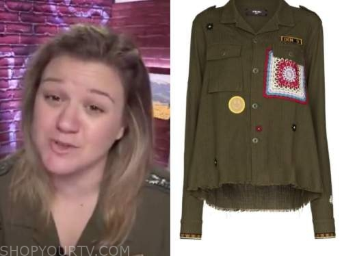 kelly clarkson, the kelly clarkson show, green military jacket