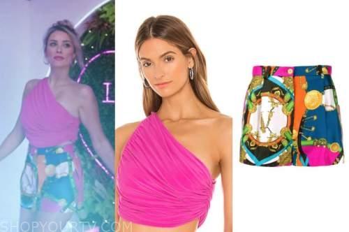 arielle vandenberg, love island usa, pink one-shoulder crop top, printed shorts, blue sandal heels