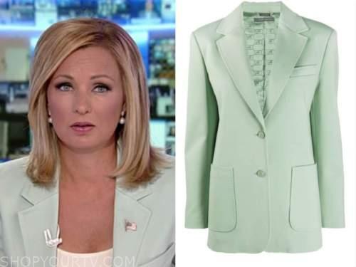sandra smith, america's newsroom, green blazer