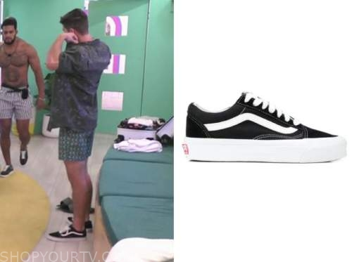 bennett, love island usa, black and white sneakers