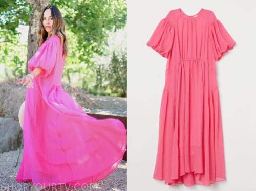 lilliana vazquez, pink puff sleeve dress