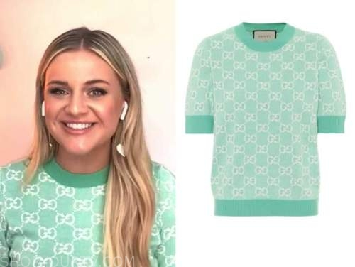 kelsey ballerini, e! news, daily pop, green logo short sleeve sweater