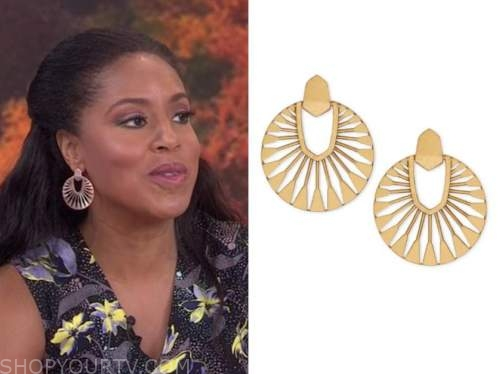 sheinelle jones, the today show, gold disc cutout earrings