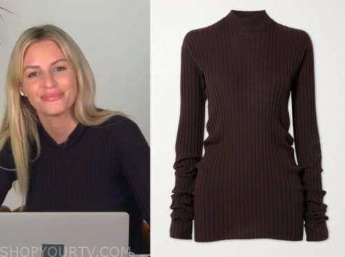 morgan stewart, E! news, brown ribbed knit sweater