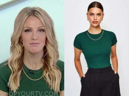 carley shimkus, fox and friends, green chain knit top