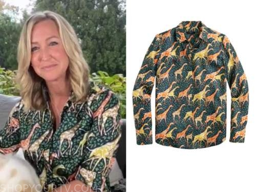 lara spencer, good morning america, green giraffe print shirt