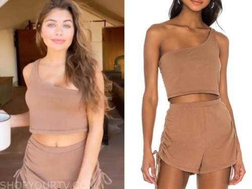 hannah ann sluss, the bachelor, brown one-shoulder crop top and shorts