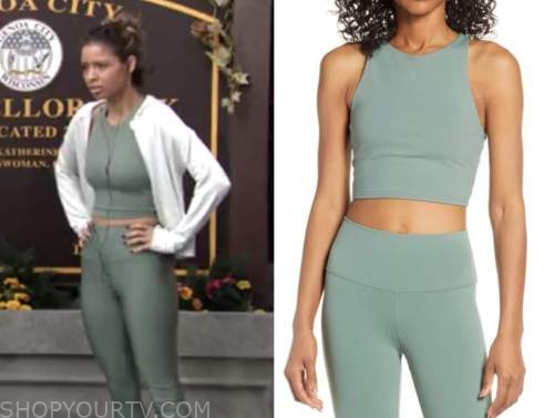 brytni sarpy, the young and the restless, elena dawson, green sports bra and leggings