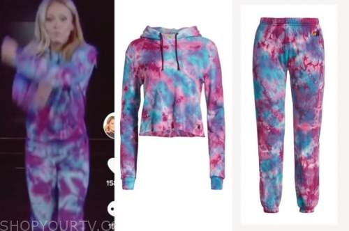 kelly ripa, live with kelly and ryan, blue and purple tie dye hoodie and sweatpants, halloween episode, tik tok