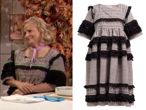 amy sedaris, gingham ruffle dress, drew barrymore show